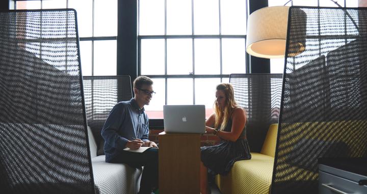 Focus sur trois styles de management qui ont fait leurs preuves pour améliorer le bien-être au travail.