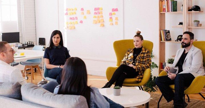 Bloom at Work et ses outils de sondages facilitent l'analyse et le suivi de l'évolution du bien-être de vos collaborateurs.