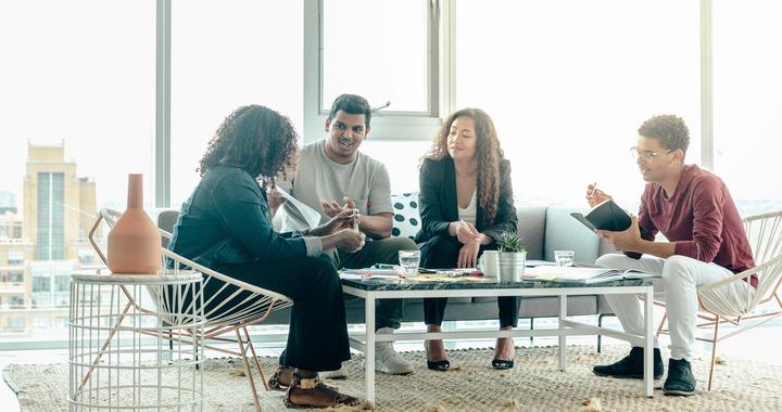 Une bonne communication et une bonne ambiance au sein de vos équipes sont les bases du développement de l'esprit d'équipe en entreprise