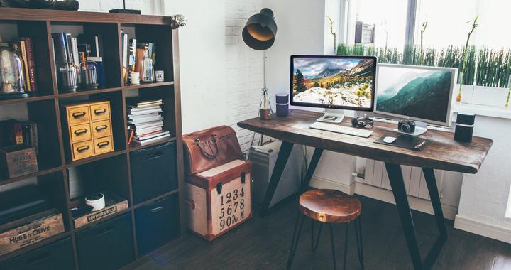 Même libres de choisir leur lieu et  horaires de travail, les salariés s'alignent naturellement sur les horaires classiques.