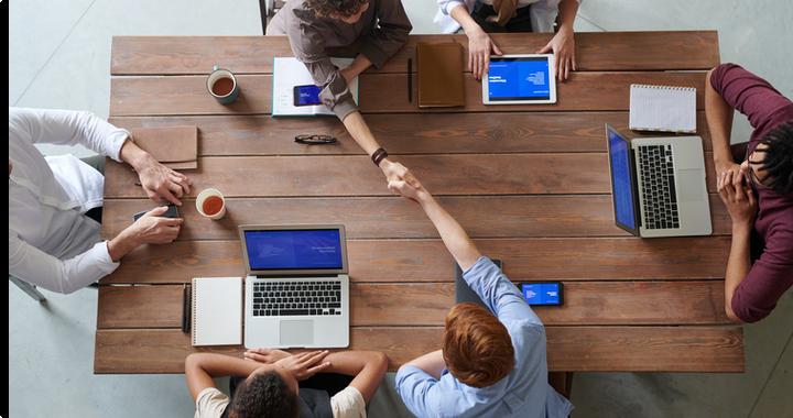 Les RPS trouvent leur origine dans le quotidien des collaborateurs, c'est pourquoi il est nécessaire d'améliorer la qualité de vie au travail au sein de votre entreprise