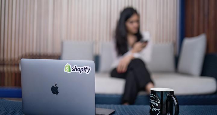 Le style de management et la culture d'entreprise doivent s'adapter au télétravail.